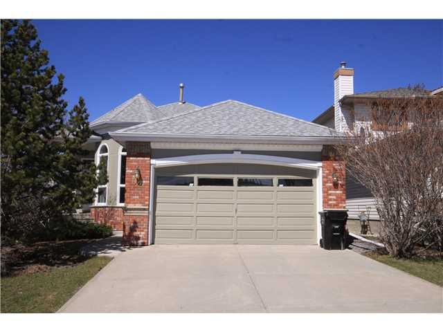 Main Photo: 92 EDGEBROOK Rise NW in CALGARY: Edgemont Residential Detached Single Family for sale (Calgary)  : MLS®# C3537597
