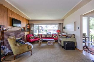 Photo 5: 453 E 11TH Street in North Vancouver: Central Lonsdale House for sale : MLS®# R2283438