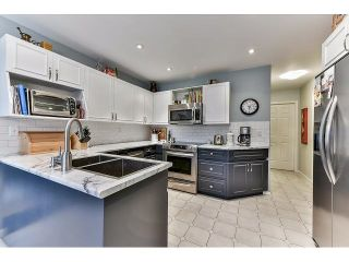 "Photo 6: 15518 93RD Avenue in Surrey: Fleetwood Tynehead House for sale in ""BERKSHIRE PARK"" : MLS®# R2052832"