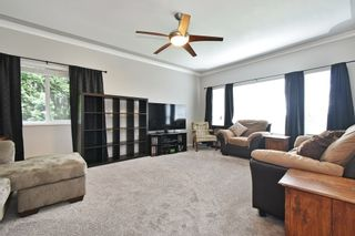 """Photo 4: 2237 MOUNTAIN Drive in Abbotsford: Abbotsford East House for sale in """"Mountain Village"""" : MLS®# R2577486"""