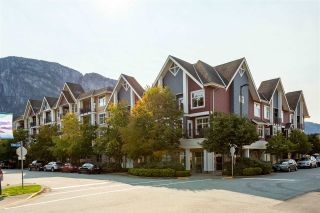 Photo 1: 1304 MAIN STREET in Squamish: Downtown SQ Townhouse for sale : MLS®# R2509692