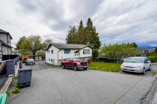 Photo 3: 10877 129 STREET in Surrey: Whalley House for sale (North Surrey)  : MLS®# R2572356