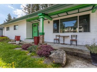 Photo 4: 3013 PRINCESS Street in Abbotsford: Central Abbotsford House for sale : MLS®# R2571706