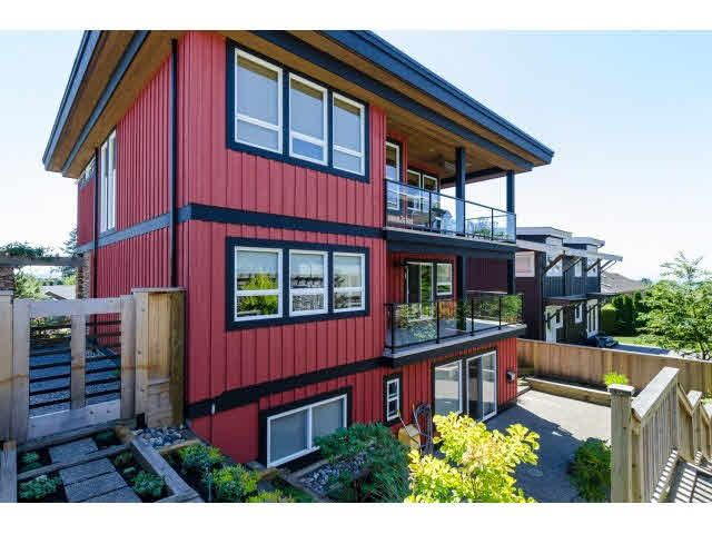 """Photo 19: Photos: 1159 BALSAM Street: White Rock House for sale in """"UPPER EAST BEACH"""" (South Surrey White Rock)  : MLS®# F1445609"""