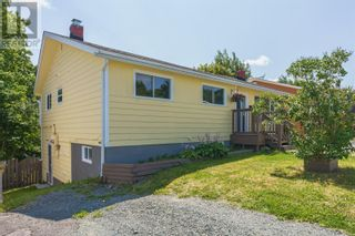 Photo 3: 5 NIGHTINGALE Road in ST.JOHN'S: House for sale : MLS®# 1235976