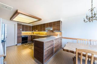 """Photo 10: 1901 738 BROUGHTON Street in Vancouver: West End VW Condo for sale in """"Alberni Place"""" (Vancouver West)  : MLS®# R2396844"""