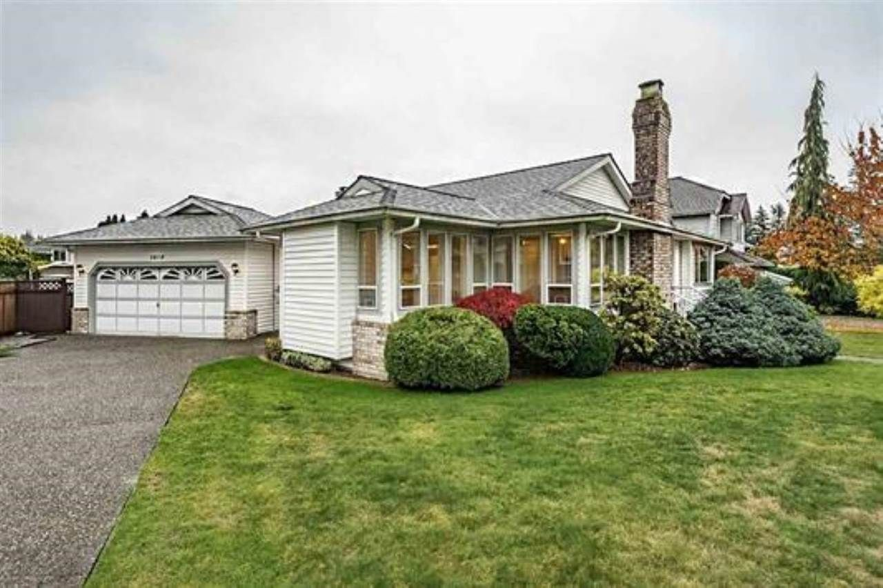 """Main Photo: 1858 WALNUT Crescent in Coquitlam: Central Coquitlam House for sale in """"LAURENTIAN HEIGHTS"""" : MLS®# R2334378"""
