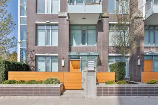 """Main Photo: 6353 SILVER Avenue in Burnaby: Metrotown Townhouse for sale in """"Silver"""" (Burnaby South)  : MLS®# R2562965"""
