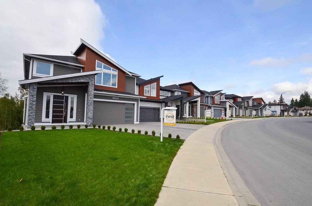"Main Photo: 11211 238 Street in Maple Ridge: Cottonwood MR House for sale in ""Kanaka Ridge Estates"" : MLS®# R2453026"