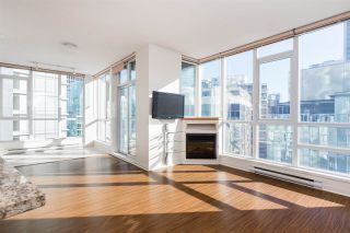 Photo 1: 1903 1189 MELVILLE STREET in Vancouver: Coal Harbour Condo for sale (Vancouver West)  : MLS®# R2354809
