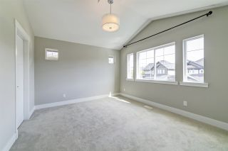 """Photo 11: 20383 83B Avenue in Langley: Willoughby Heights House for sale in """"Willoughby West by Foxridge"""" : MLS®# R2456376"""
