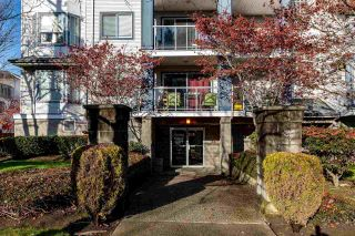 "Photo 2: 312 20177 54A Avenue in Langley: Langley City Condo for sale in ""STONEGATE"" : MLS®# R2419590"