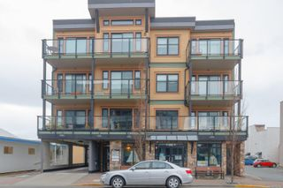 Photo 1: 302 9776 Fourth St in Sidney: Si Sidney South-East Condo for sale : MLS®# 878510