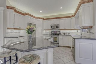 Photo 11: 137 ROYAL CREST Bay NW in Calgary: Royal Oak Detached for sale : MLS®# A1083162