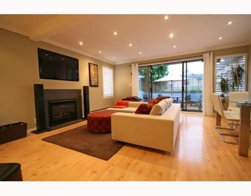 Photo 10: Photos: 3153 W 3RD Avenue in Vancouver: Kitsilano 1/2 Duplex for sale (Vancouver West)  : MLS®# V771650