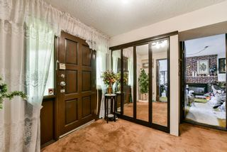 Photo 3: 8866 140A Street in Surrey: Bear Creek Green Timbers House for sale : MLS®# R2324518