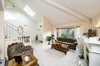 Photo 4: 13533 60A Avenue in Surrey: Panorama Ridge House for sale : MLS®# R2513054