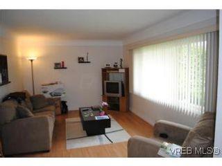 Photo 14: 1029-1031 Colville Rd in VICTORIA: Es Rockheights Full Duplex for sale (Esquimalt)  : MLS®# 535043