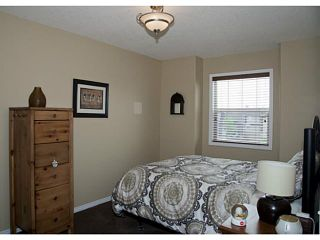 Photo 13: 236 HILLCREST Court: Strathmore Residential Detached Single Family for sale : MLS®# C3576153
