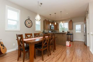 Photo 5: 1054 Whitney Crt in Langford: La Luxton House for sale : MLS®# 723829