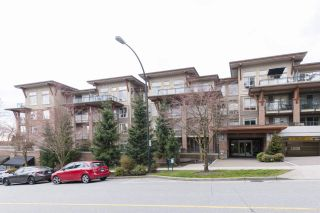 "Photo 1: 417 1633 MACKAY Avenue in North Vancouver: Pemberton NV Condo for sale in ""TOUCHSTONE"" : MLS®# R2248480"