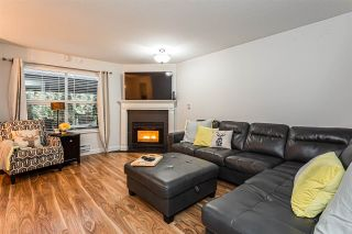 """Photo 9: 25 36060 OLD YALE Road in Abbotsford: Abbotsford East Townhouse for sale in """"Mountain View Village"""" : MLS®# R2428827"""