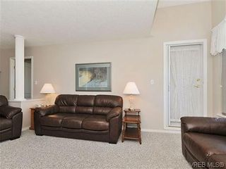 Photo 5: 307 2250 James White Boulevard in SAANICHTON: SI Sidney North-East Residential for sale (Sidney)  : MLS®# 323451