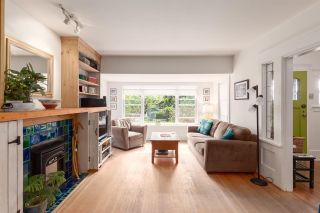"""Photo 5: 1937 GRAVELEY Street in Vancouver: Grandview Woodland House for sale in """"Commercial Drive"""" (Vancouver East)  : MLS®# R2404224"""