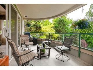 Photo 19: # 402 1725 128TH ST in Surrey: Crescent Bch Ocean Pk. Condo for sale (South Surrey White Rock)  : MLS®# F1441077