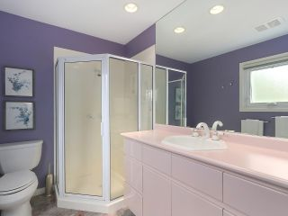 Photo 9: 5195 SARITA AVENUE in North Vancouver: Canyon Heights NV House for sale : MLS®# R2396162