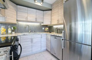 Photo 11: 304 1702 CHESTERFIELD Avenue in North Vancouver: Central Lonsdale Condo for sale : MLS®# R2382926