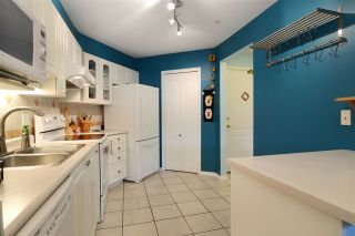 """Photo 8: 206 2559 PARKVIEW Lane in Port Coquitlam: Central Pt Coquitlam Condo for sale in """"The Crescent"""" : MLS®# R2105568"""