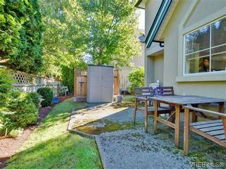 Photo 19: 4 2633 Shelbourne St in VICTORIA: Vi Jubilee Row/Townhouse for sale (Victoria)  : MLS®# 741791