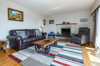 Photo 15: 2045 Beaufort Ave in : CV Comox (Town of) House for sale (Comox Valley)  : MLS®# 884580