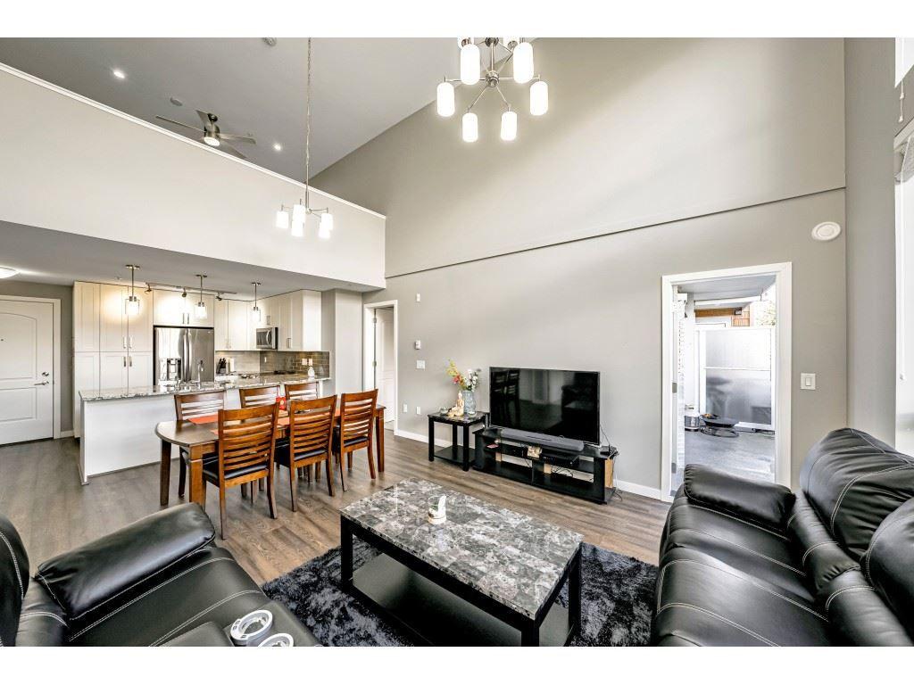 """Main Photo: 410 6490 194 Street in Surrey: Cloverdale BC Condo for sale in """"WATERSTONE"""" (Cloverdale)  : MLS®# R2535628"""