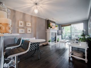 """Photo 4: 303 1226 HAMILTON Street in Vancouver: Yaletown Condo for sale in """"GREENWICH PLACE"""" (Vancouver West)  : MLS®# R2056690"""