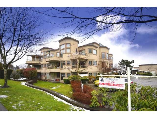 Main Photo: 503 78 Richmond Street in New Westminster: Condo for sale : MLS®# V926120