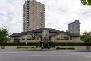 """Photo 4: B1 2202 MARINE Drive in West Vancouver: Dundarave Condo for sale in """"Stratford Court"""" : MLS®# R2616441"""