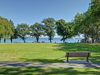 Photo 24: 2594 Beach Dr in VICTORIA: OB Estevan House for sale (Oak Bay)  : MLS®# 770514