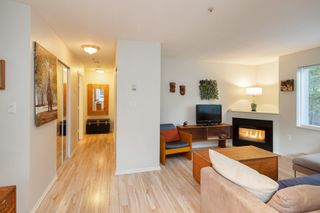 "Photo 2: 101 3 N GARDEN Drive in Vancouver: Hastings Condo for sale in ""GARDEN COURT"" (Vancouver East)  : MLS®# R2407147"