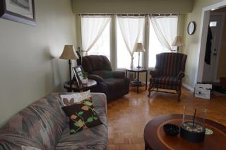 Photo 3: 177 Lake Ridge Road in : Crestview Single Family Attached for sale