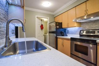 """Photo 5: 13 849 TOBRUCK Avenue in North Vancouver: Hamilton Townhouse for sale in """"Garden Terrace"""" : MLS®# R2018127"""