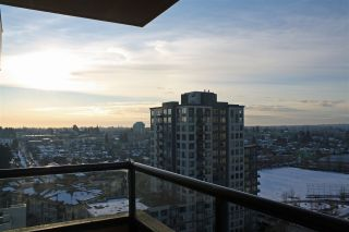 Photo 8: 1606 5288 MELBOURNE Street in Vancouver: Collingwood VE Condo for sale (Vancouver East)  : MLS®# R2131516