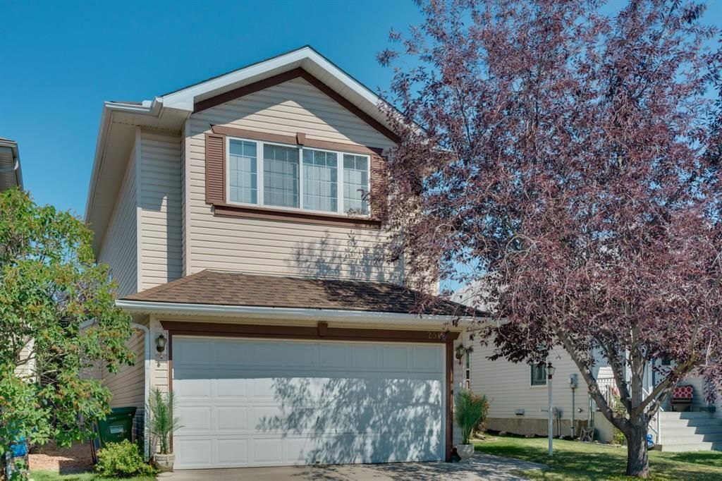Main Photo: 256 COVENTRY Green NE in Calgary: Coventry Hills Detached for sale : MLS®# A1024304