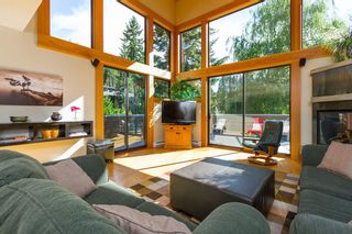 "Photo 1: 6810 BEAVER Lane in Whistler: Whistler Cay Estates House for sale in ""Whistler Cay"" : MLS®# R2170986"