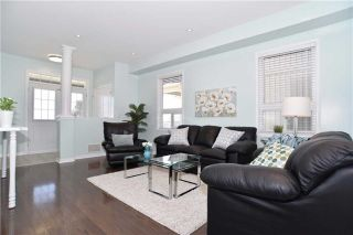 Photo 3: 206 Bons Avenue in Clarington: Bowmanville House (2-Storey) for sale : MLS®# E3789249