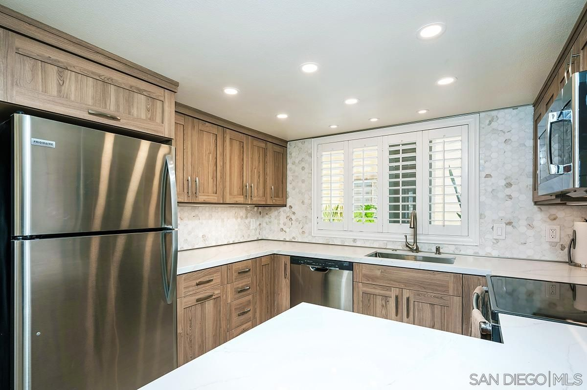 Main Photo: Condo for sale : 2 bedrooms : 1270 Cleveland Ave #B136 in San Diego
