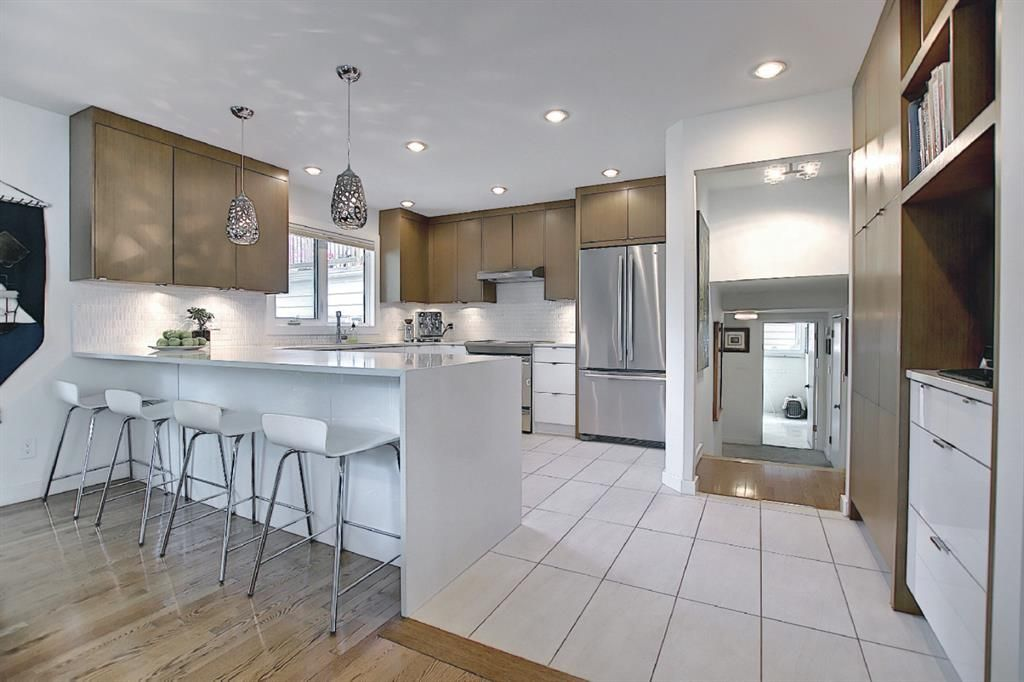 Main Photo: 1412 Colleen Avenue SW in Calgary: Chinook Park Detached for sale : MLS®# A1115868