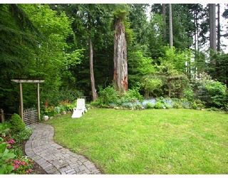 Photo 10: 1065 Blue Grouse Way in North Vancouver: Grouse Woods House  : MLS®# V710438