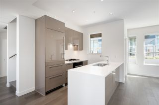 """Photo 10: 5209 CAMBIE Street in Vancouver: Cambie Townhouse for sale in """"Contessa"""" (Vancouver West)  : MLS®# R2552513"""